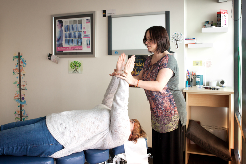 Aubin Grove Chiropractic Care in action with experienced Chiropractor Sandra Hohloch